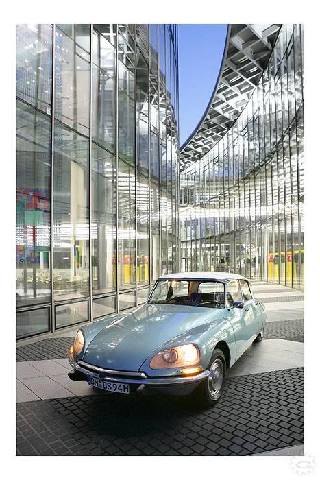 Posttowerds A Display on Alfa Romeo 2018